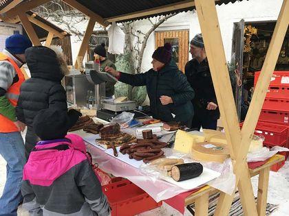 Hoftag Bauernmarkt - Tunelhof Christbäume Weerberg Tirol