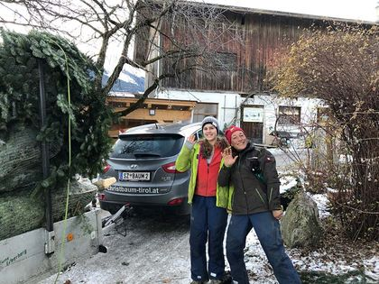 Abfahrt zu Verkaufsplätze - Tunelhof Christbäume Weerberg Tirol